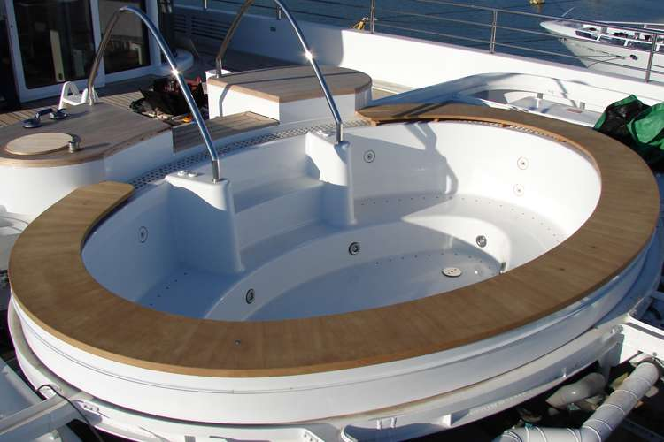 Superyacht jacuzzi with bespoke wooden structure by H.Y.S.
