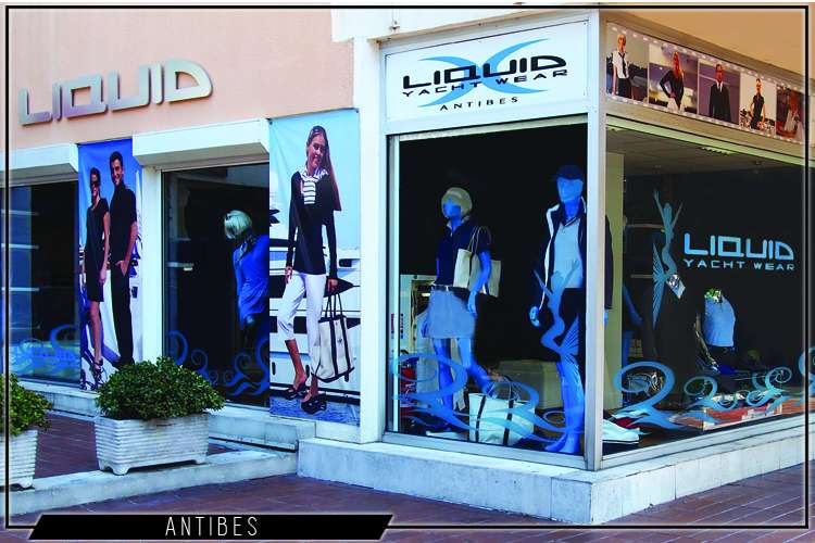 Liquid Yacht Wear shopping window from the front