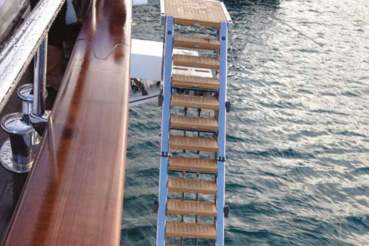 Hydraulic boarding solution from Phoenix Marine Solutions