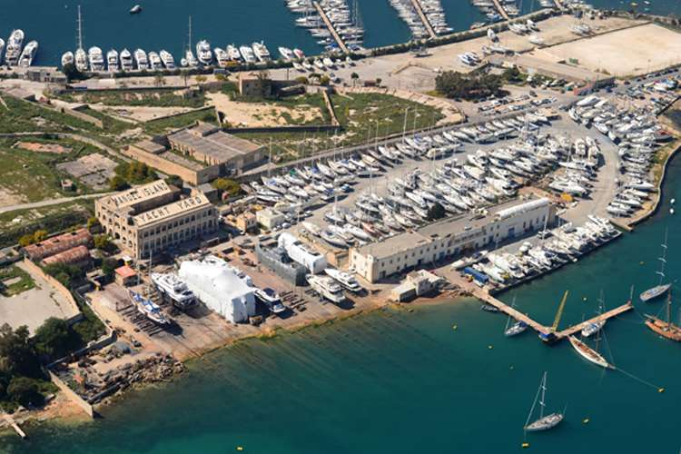 Aerial image of the Manoel Island superyacht shipyard