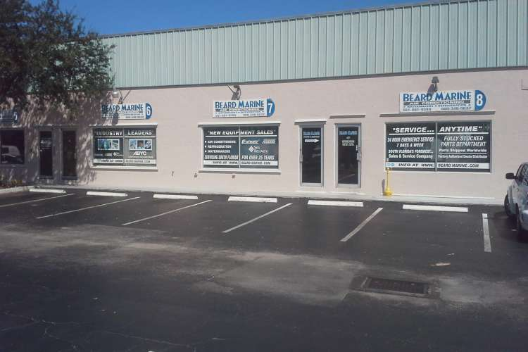 Image of the Beard Marine of the Palm Beaches office from the front of the building.