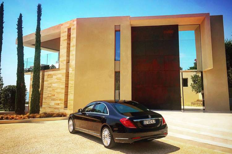 back view of a kingdom luxury car